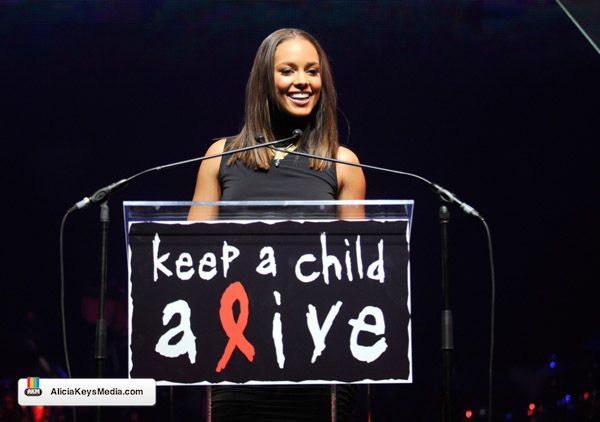 alicia-keys-keep-child-alive-2009-05