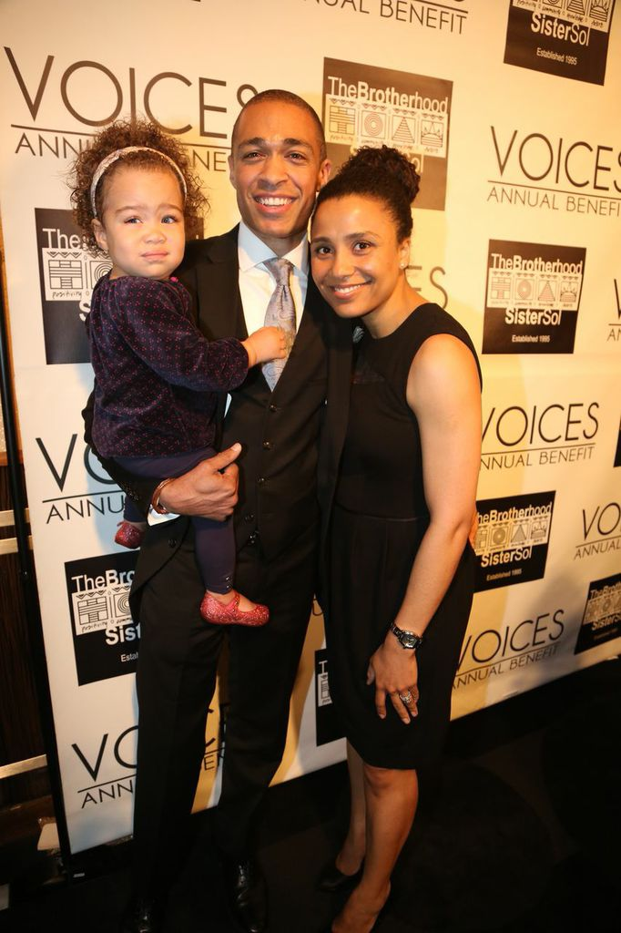 TJ Holmes with family_Credit Johnny Nunez