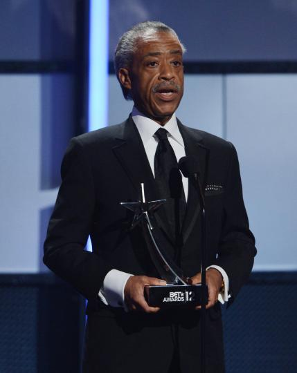 Al-Sharpton-to-call-for-investigation-into-choking-death-of-man-by-NYPD