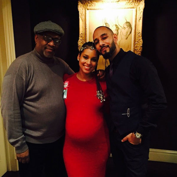 Alicia Keys poses with Swizz Beatz and her father-in-law (Instagram)