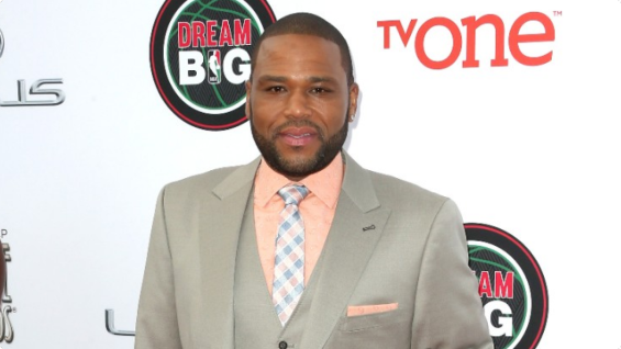 022214-fashion-beauty-naacp-image-awards-red-carpet-3-anthony-anderson-jpg