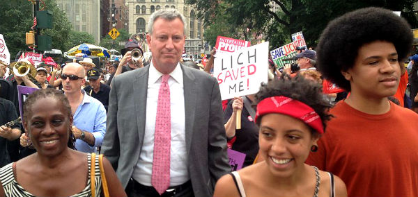 1024px-Bill_de_Blasio_and_family