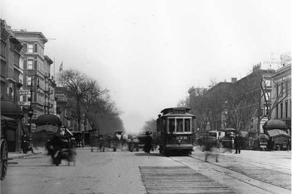 lenox-avenue-125th-street-harlem-ny-1910 slider