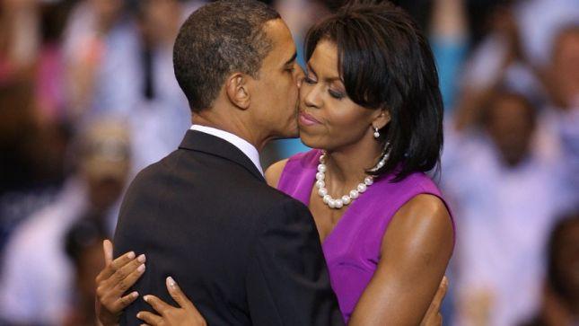 Love between michelle-barack-obama