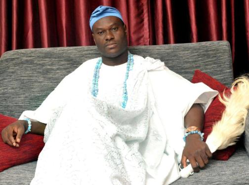 Dr Adeyeye