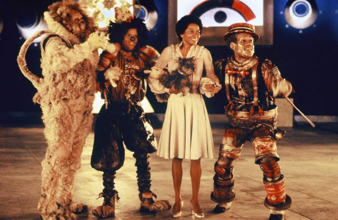 "NEW YORK - 1978:  The cast of ""The Wiz"" (L-R Ted Ross, Michael Jackson, Diana Ross and Nipsey Russell) pose for a publicity shot in 1978 in New York, New York. The movie was directed by Sidney Lumet and produced by Universal Studios. (Photo by Michael Ochs Archive/Getty Images)"