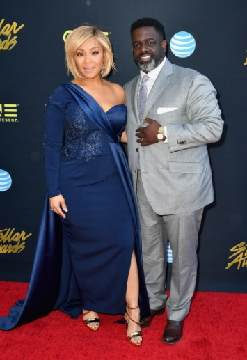 "warryn & erica campbell set to star in ""we're the campbells"" on tv"