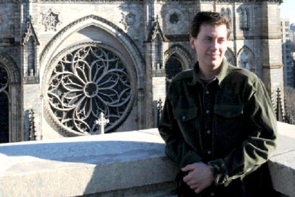 Harlem's Chris Pellettieri Talks Stone Carving For Harlem Veterans On The Danny Tisdale Show (Audio)