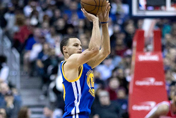 05046262a68d5a ... brings together young professionals, influencers and sports enthusiasts  to mix and mingle while watching Game 1 of the NBA Finals, Golden State  Warriors ...