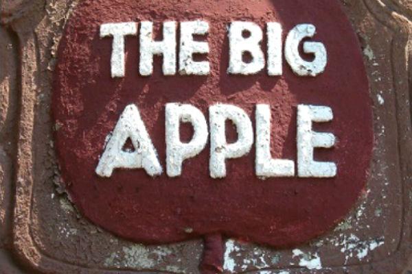 The Legendary Big Apple Night Club, In Harlem, NY 1934 (Video)